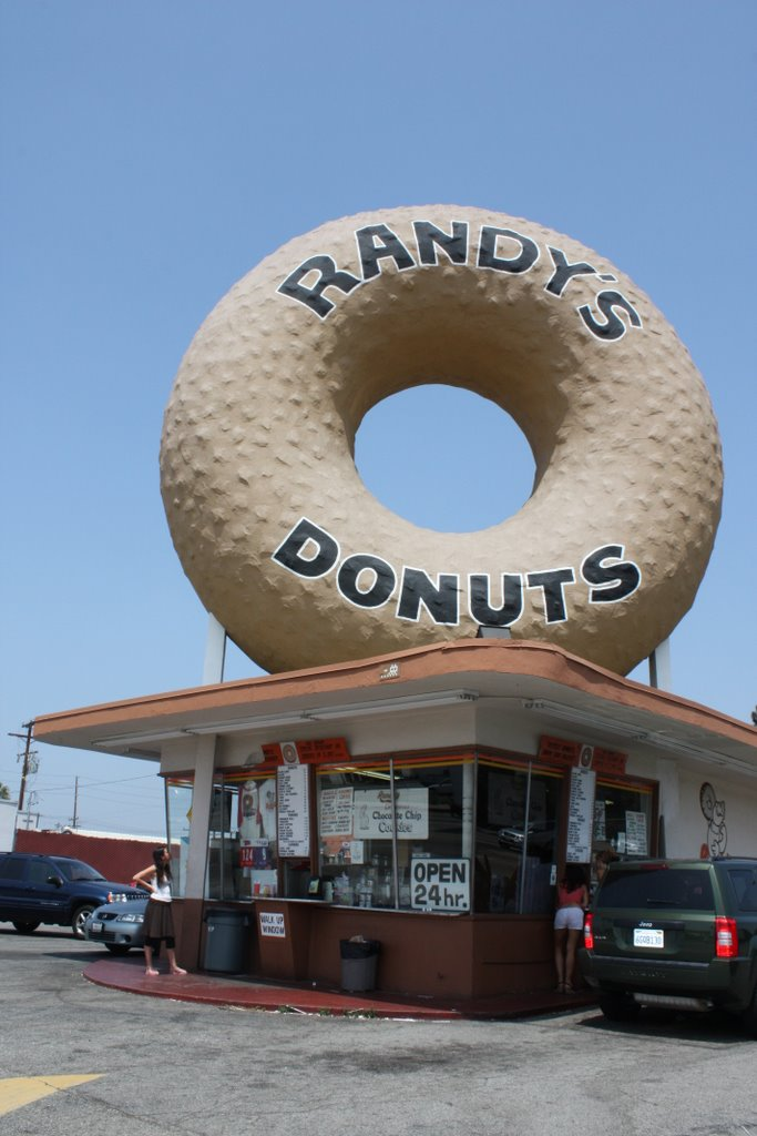 Randy's Donuts in LA